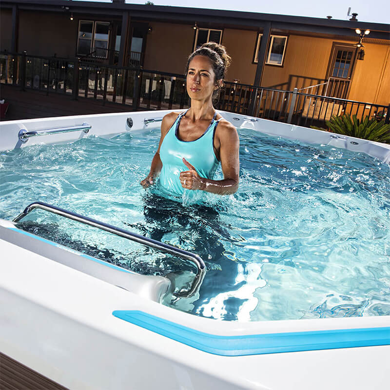 E550 Endless Pools® Fitness Systems - Luxury Pool & Spa